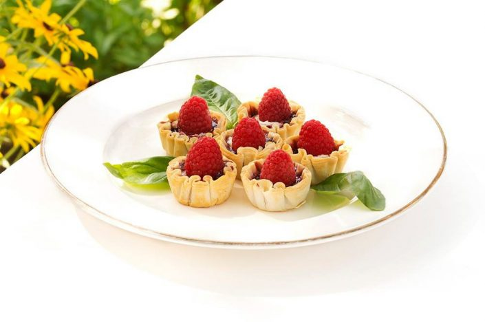 Brie Raspberry Hors D'oeuvres